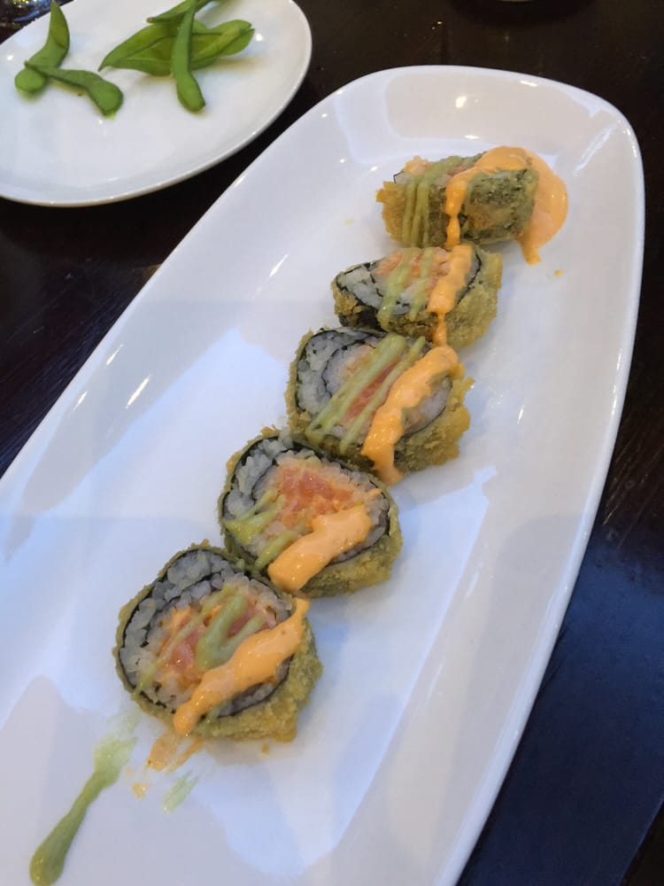 Fried spicy salmon roll - Yelp