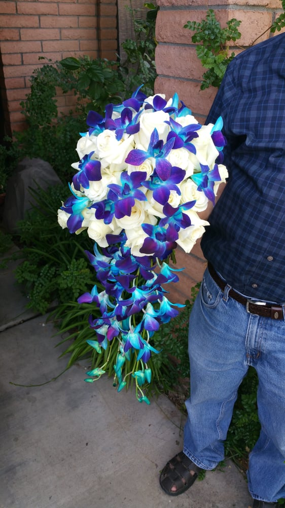 Photo Of Arizona Flower Market Phoenix Az United States Bridal Bouquet Made