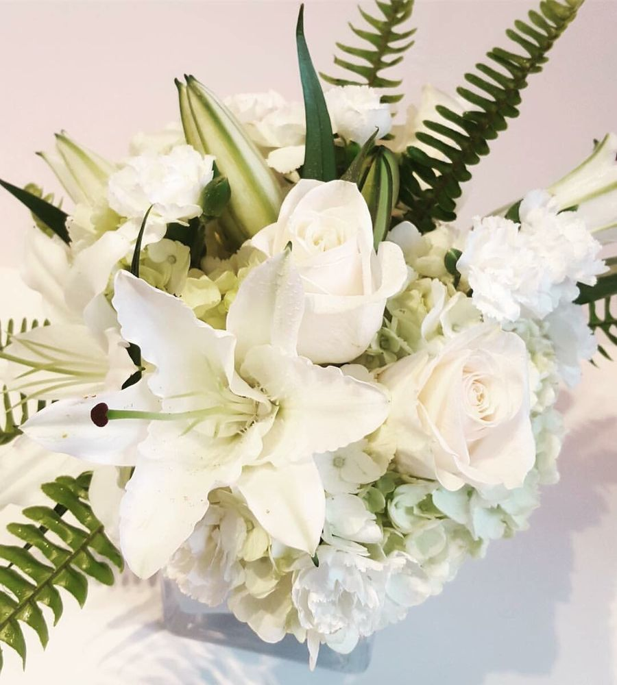 Granshaw'S Flowers: 827 Arnold Dr, Martinez, CA