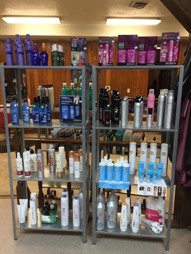 H2H Salon: 115 E Main St, Molalla, OR