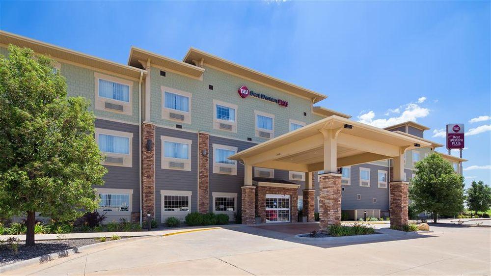 Best Western Plus Butterfield Inn: 1010 E 41st St, Hays, KS
