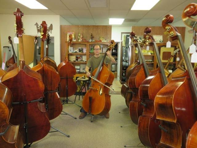 Steve Swan String Bass: 1519 Bayshore Hwy, Burlingame, CA