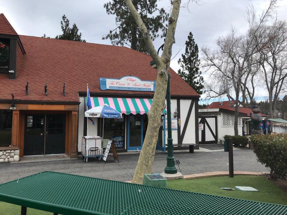 Village Ice Cream & Sweet Shoppe: Lake Arrow Vlg, Lake Arrowhead, CA