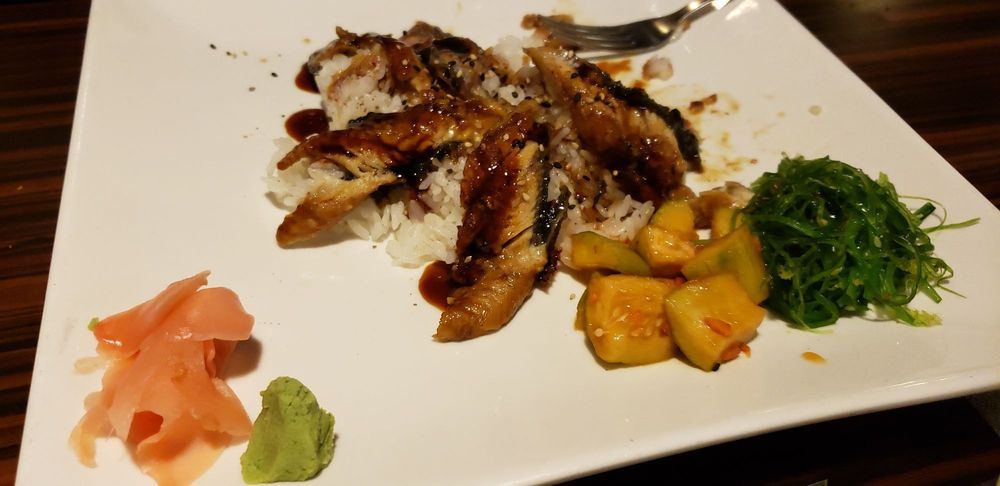 Food from Yummi Yummi Mongolian Grill & Sushi
