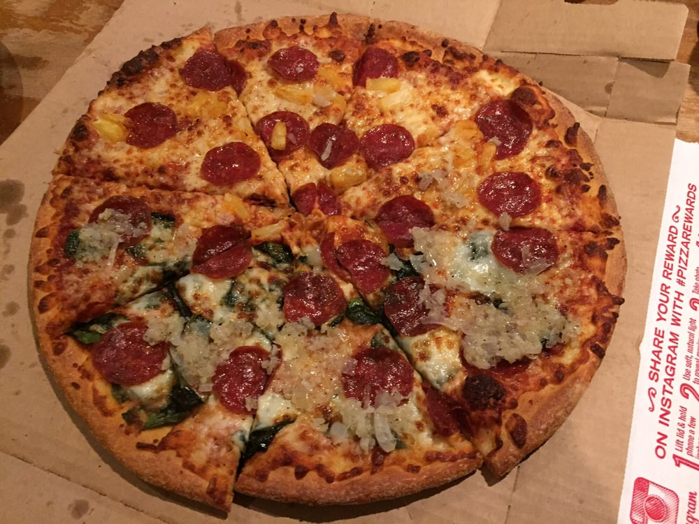 Large brooklyn style with pepperoni pineapple and spinach - Dominos pizza paterna ...
