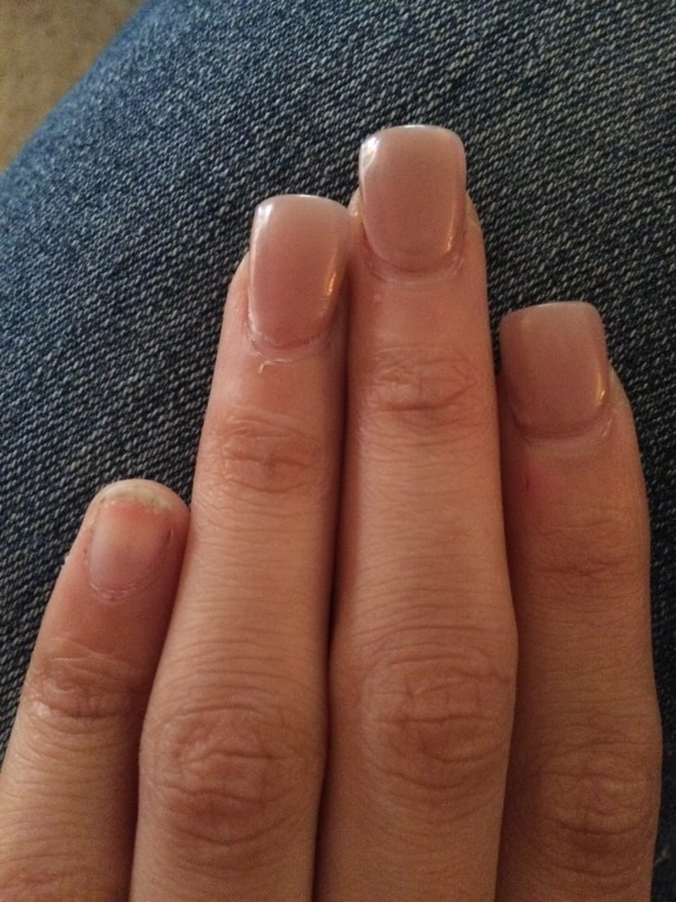 Nail fell off within 3 days. They charged me 22$ and my sister 27 ...