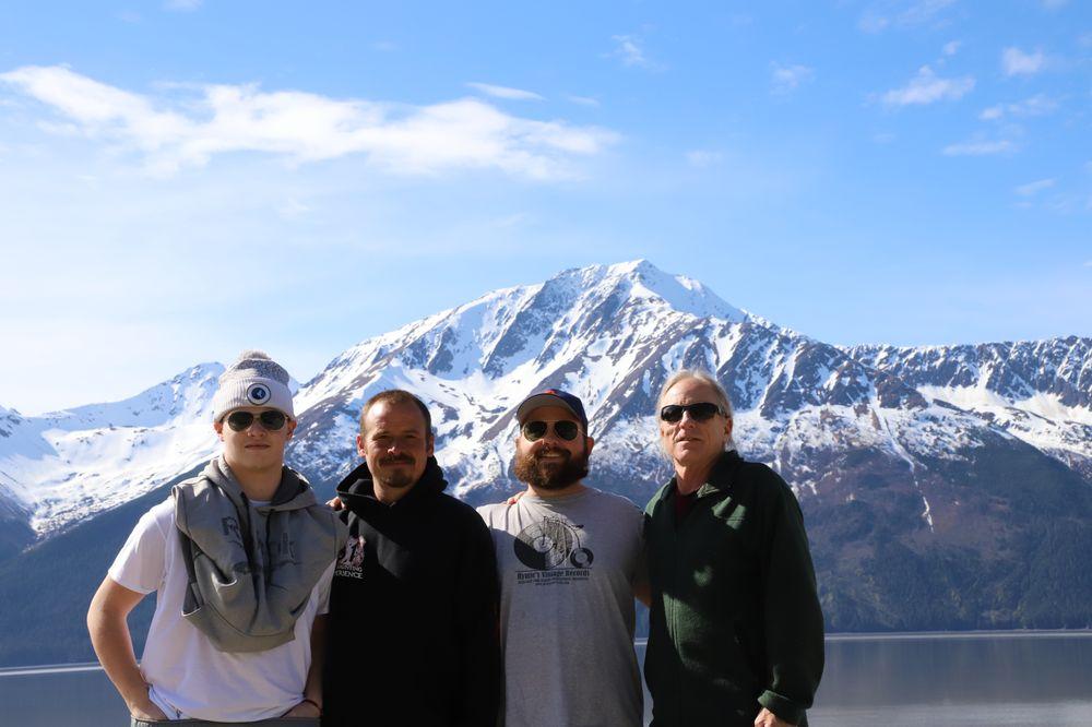 Glacier Run Outfitters: 24705 Amber Dr, Kasilof, AK