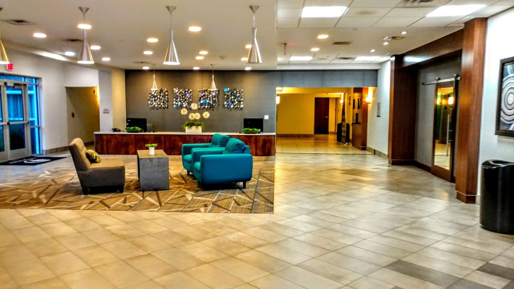 Holiday Inn Omaha Southwest