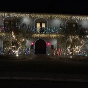 East Sacramento's Fab 40s Christmas Lights - 140 Photos ...
