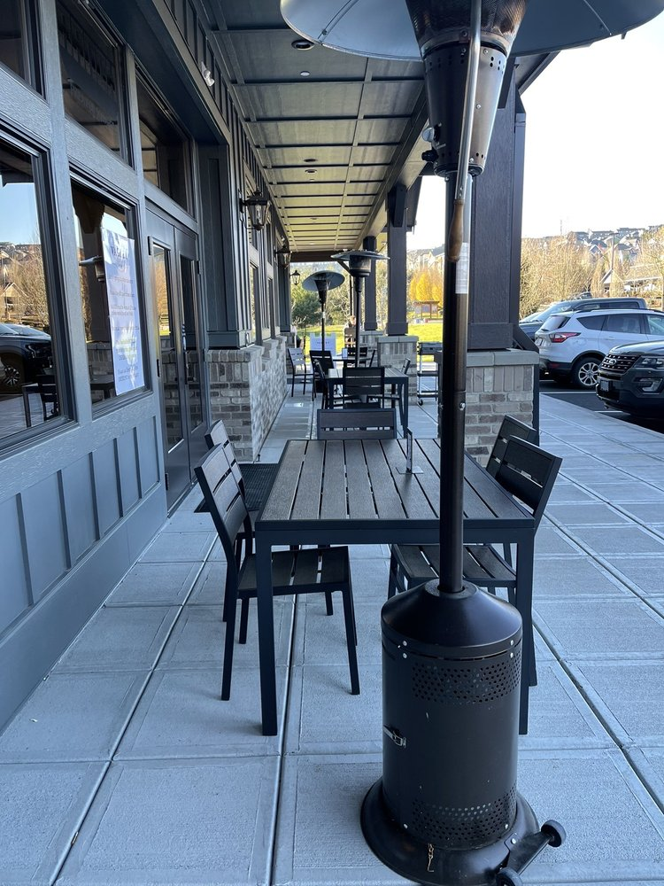 Valley Public House: 12960 SE 162nd Ave, Happy Valley, OR