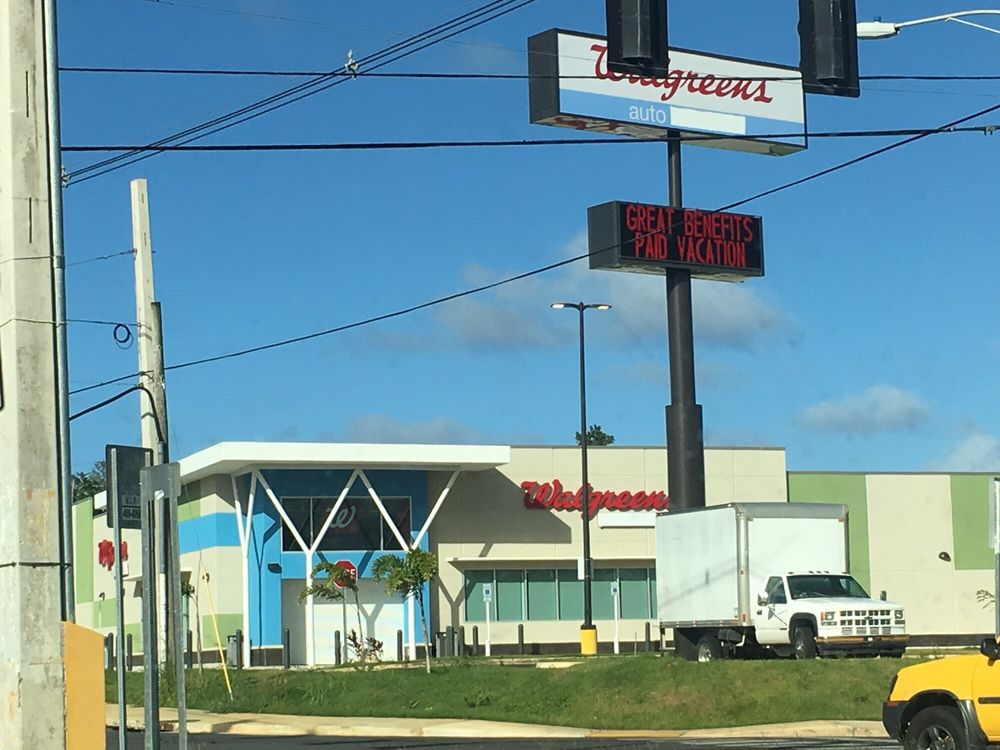 Walgreens: Cll 2  205, Quebradillas, PR