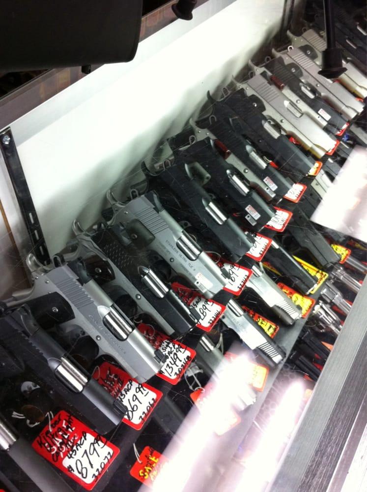 Barrow Gun Shop: 29 S Broad St, Butler, GA