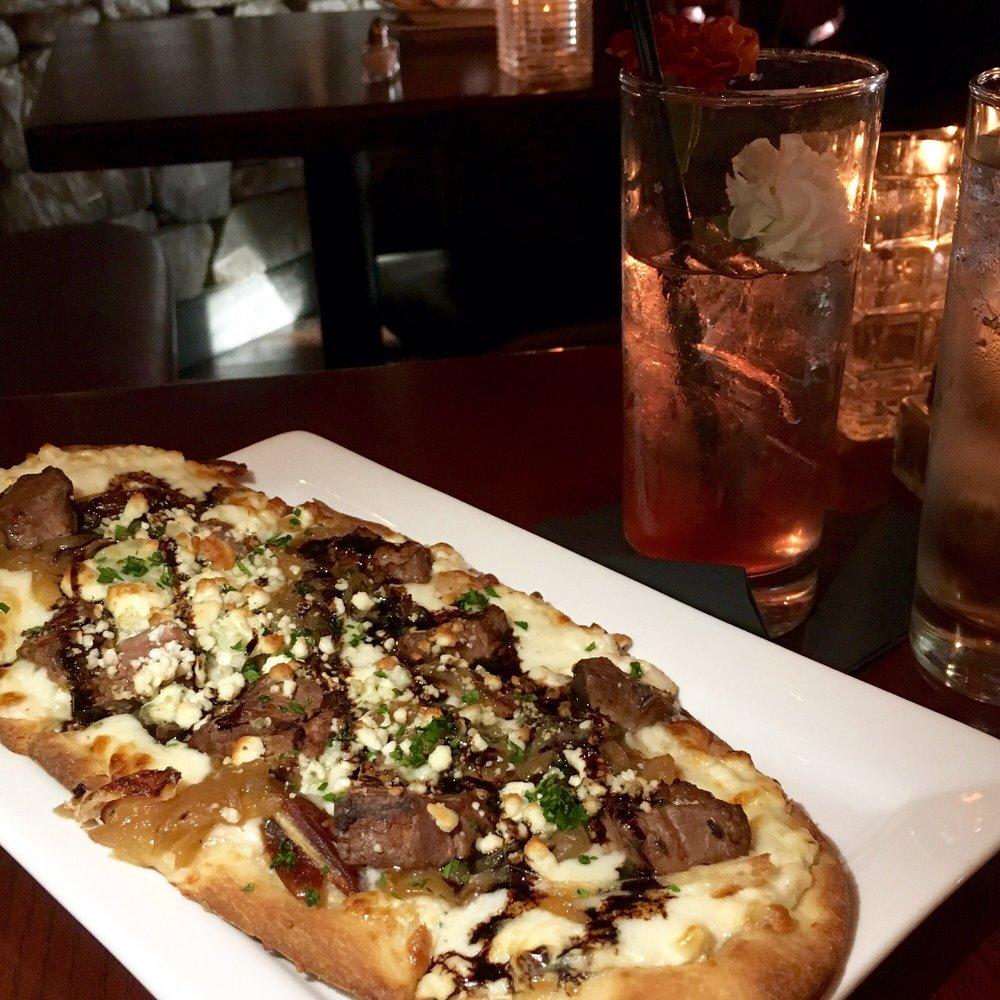 LJ's Bistro & Bar: 805 Frontage Rd, Lake Stevens, WA