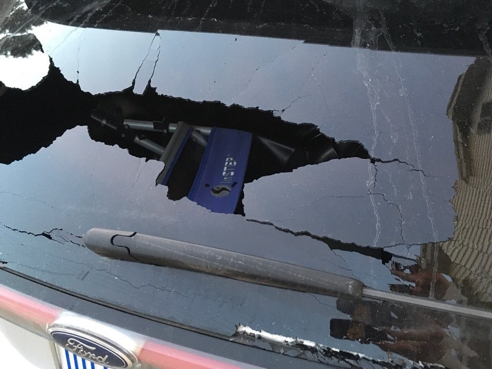 Pesicek Auto Body: 1399 W Wisconsin Ave, Oconomowoc, WI
