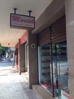 55272ba2f Mariah Calcados e Bolsas - Shoe Stores - R. Tomé de Souza 1199, Belo ...