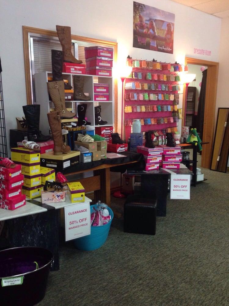 Sassy Bags N More: 60 W Center Streer, Beaver, UT