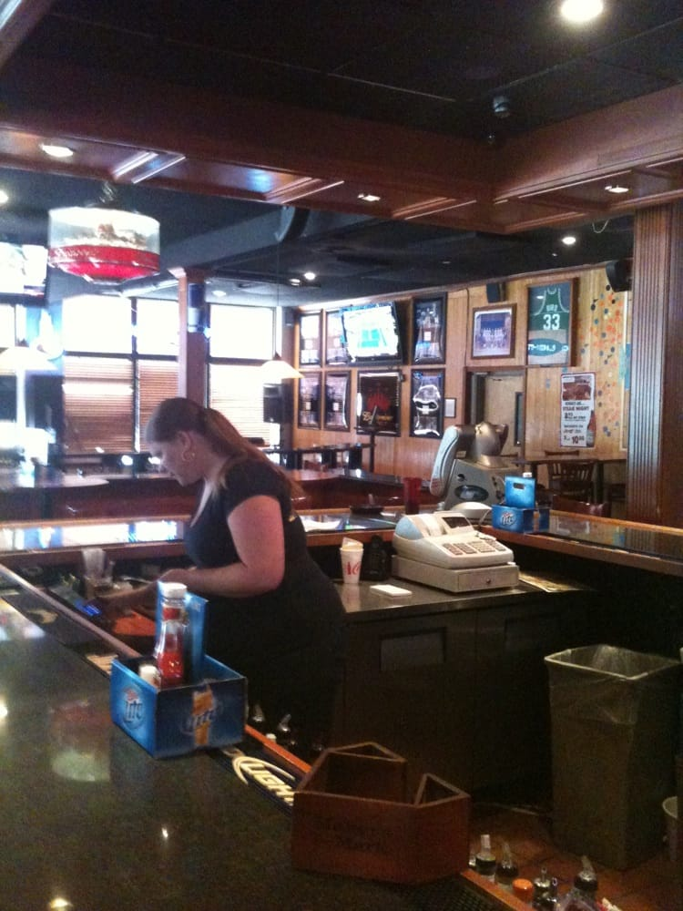 Legends Bar & Grill: 3530 Decoursey Ave, Covington, KY
