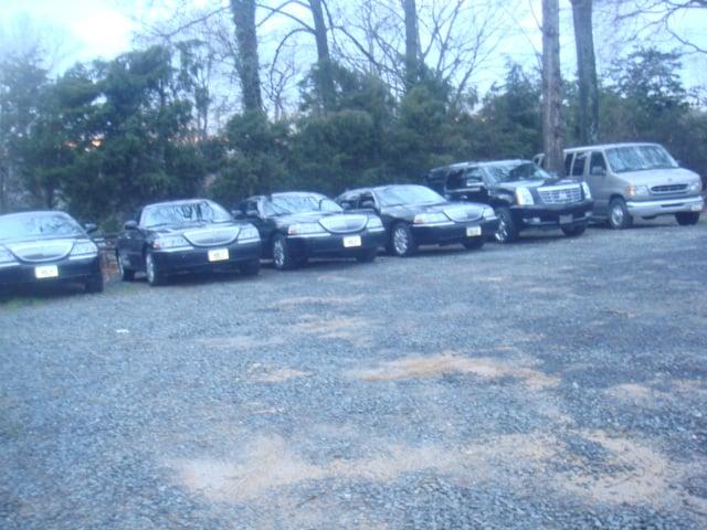 MH Limousine: 1299 Pennsylvania Ave NW, Washington, DC, DC