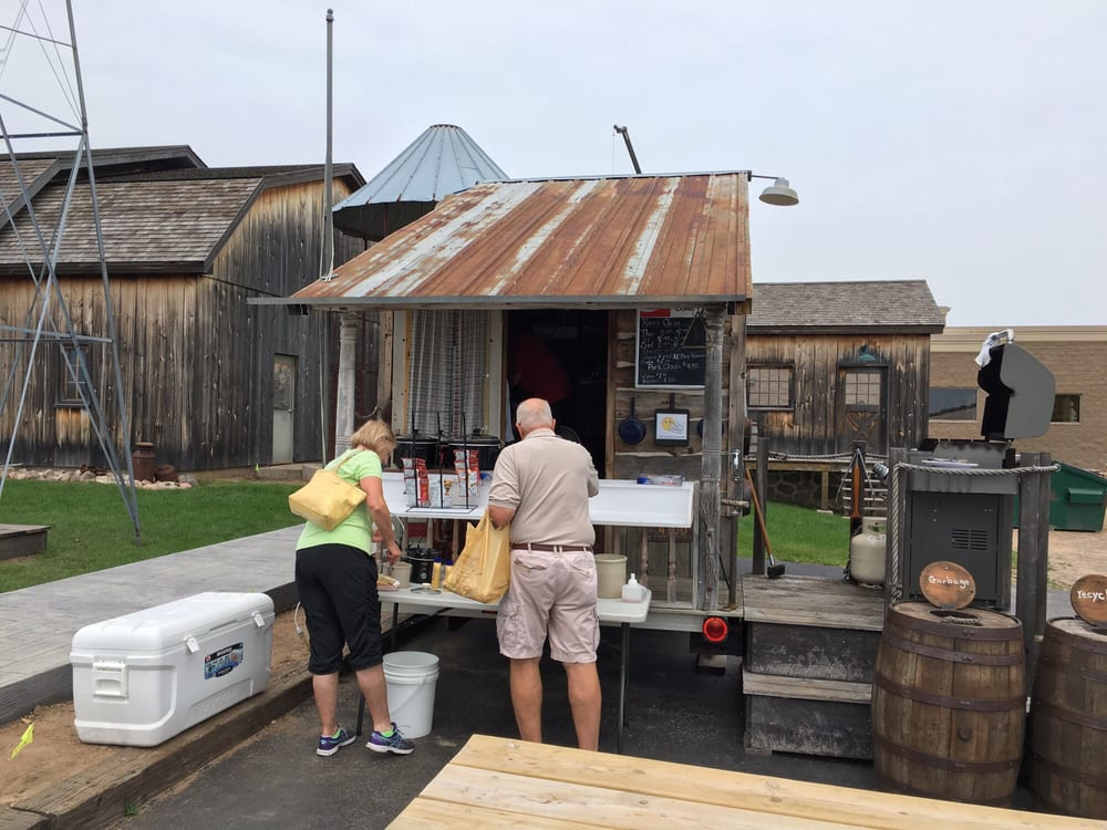 Nueske's Applewood Smoked Meats: 1390 E Grand Ave, Wittenberg, WI