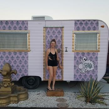 Hicksville Trailer Palace Artist Retreat