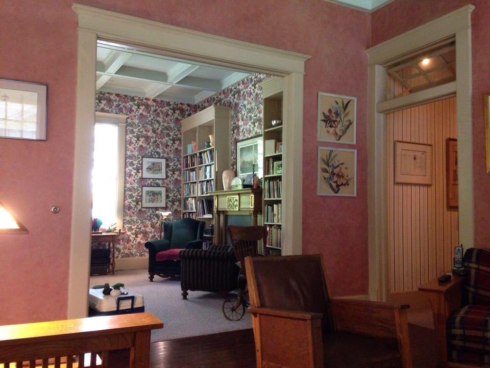 The Lattice Inn