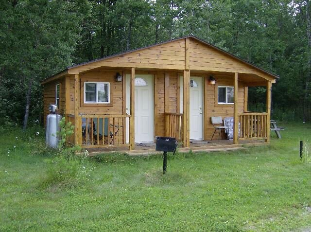 Whispering Pines Campground and Canoe Livery: 538 S Hale Rd, Twining, MI