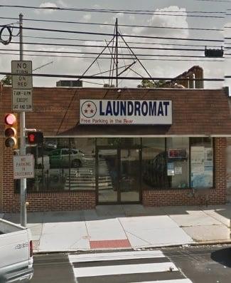 Triple Star Laundromat: 646 E Chester Pike, Ridley Park, PA