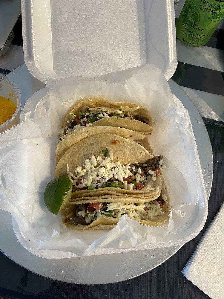Rey Tacos: 316 W Mango St, Lantana, FL