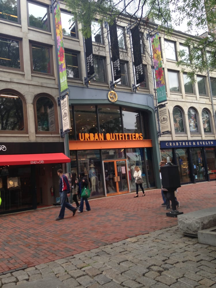Urban outfitters 15 photos 38 reviews men 39 s clothing for 18 terrace street orange ma