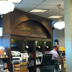 barnes amp noble bookstores 3216 w lake st uptown 86503