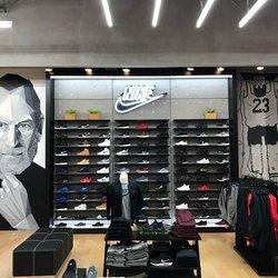 1e5ba4681 Shoe Palace - 12 Photos   13 Reviews - Shoe Stores - 451 University ...