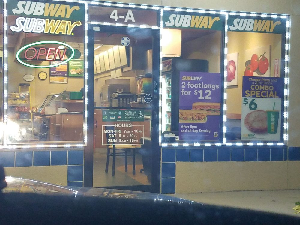 Subway Restaurants Sandwiches 4801 Linton Blvd Delray