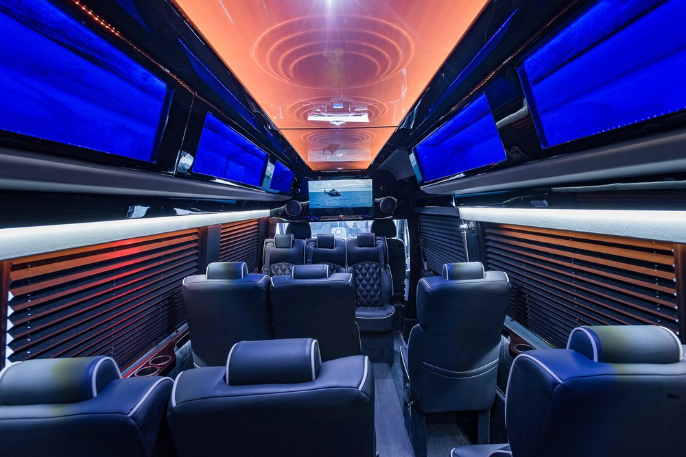 Luxury mercedes benz sprinter van 14 passengers 14 for Mercedes benz of south orlando