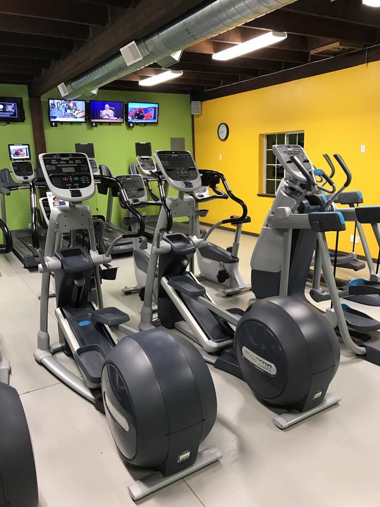 Body Shop Fitness Centers: 888 N Whitley Dr, Fruitland, ID