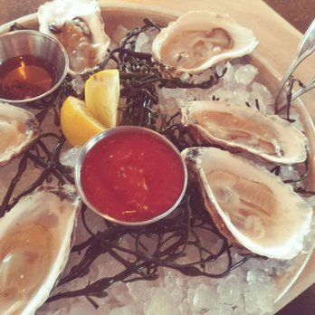 Fish n tails oyster bar 335 photos 325 reviews for Elite food bar 325 east 48th street
