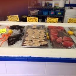 Fotos de buddy 39 s seafood market yelp for Fish market panama city beach