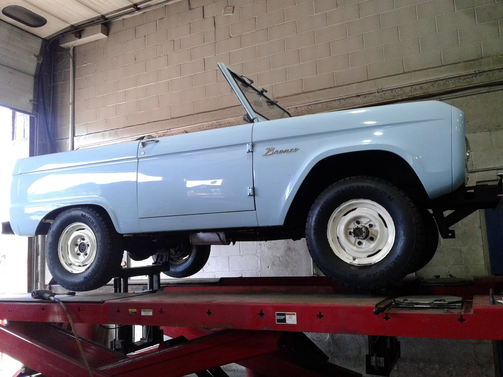 Towing business in Greenfield Town, MA