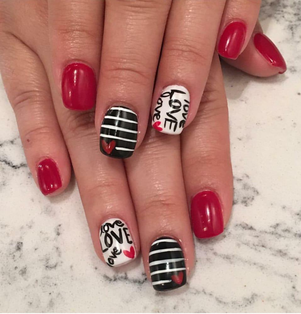 Gloss nail lounge 20 photos 24 reviews nail salons for 20 lounge nail salon