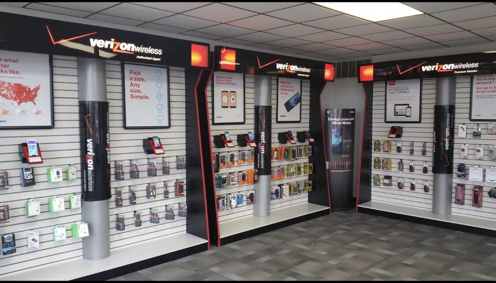 Verizon Wireless - Al's Electronics Center: 1023 E North Ave, Flora, IL