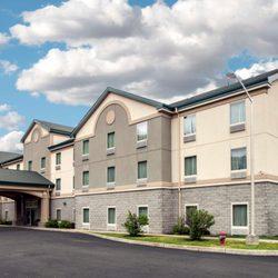 quality inn suites 35 photos 24 reviews hotels. Black Bedroom Furniture Sets. Home Design Ideas