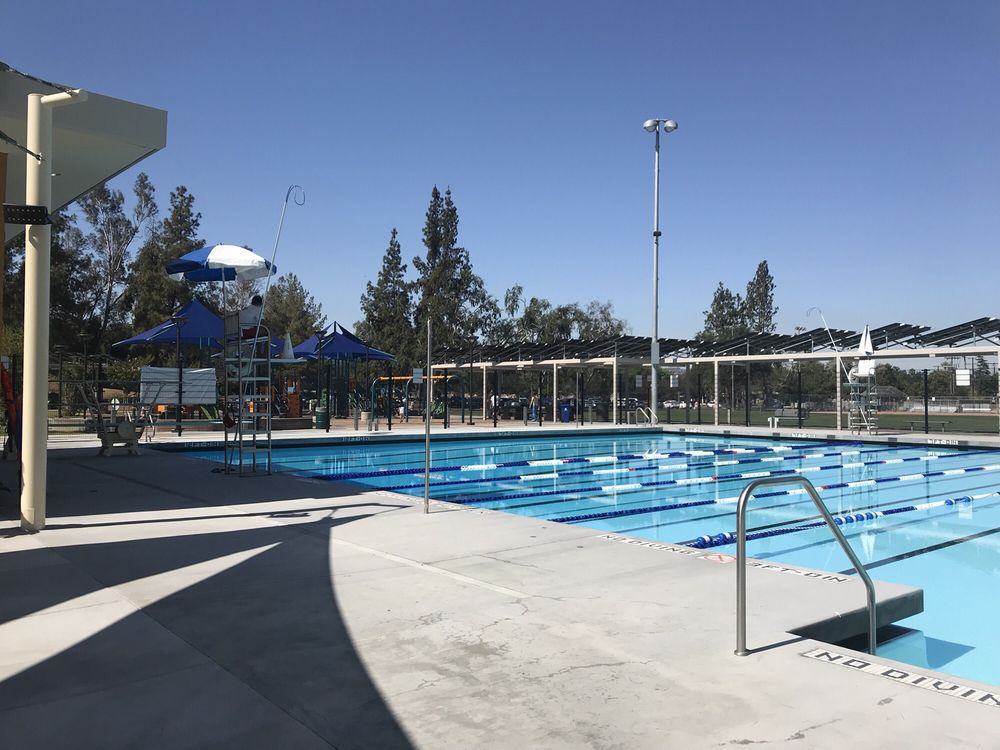 Woodland hills pool recreation centers 5858 shoup ave - Spring hill recreation center swimming pool ...