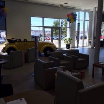 Quirk Volkswagen Manchester - 27 Photos & 19 Reviews - Car Dealers