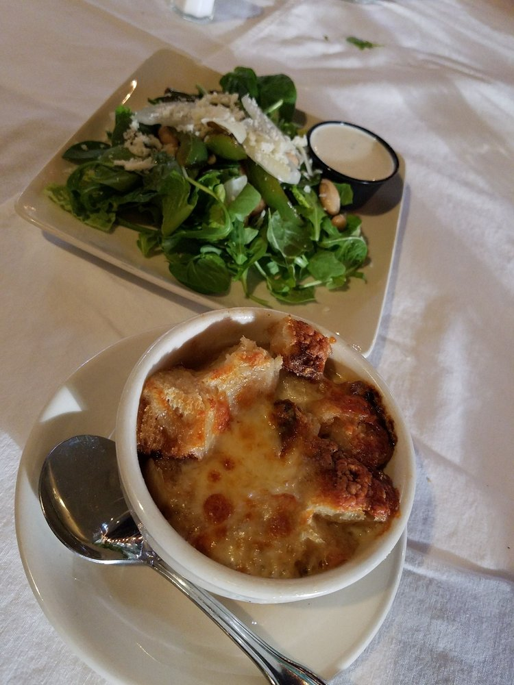 Nino's Restaurant: 546 Three Mile Hill Rd, Mount Pleasant, PA