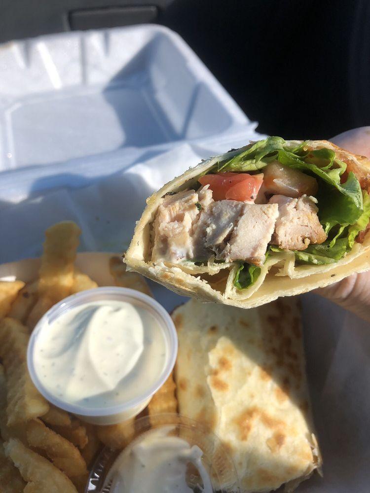 Tastee Chick: 812 Oak St, Eatonton, GA