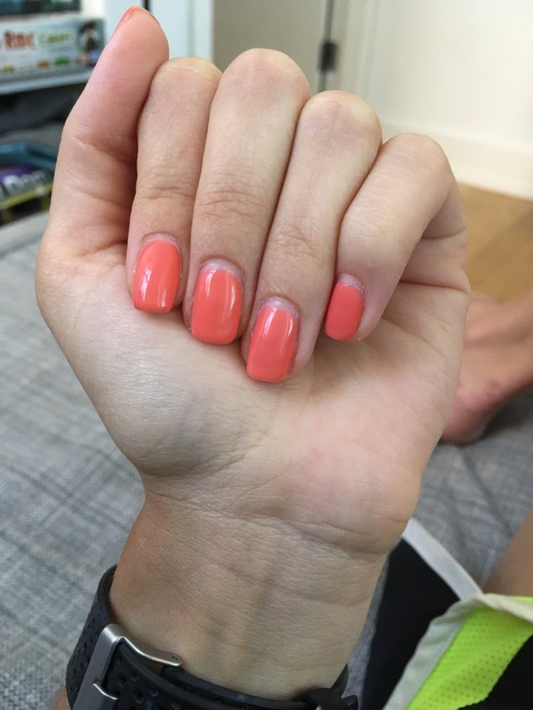 Perfect gel mani 10 days later (bar some nail growth, of course) - Yelp