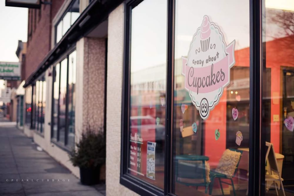 Crazy About Cupcakes: 417 N Main St, Mitchell, SD