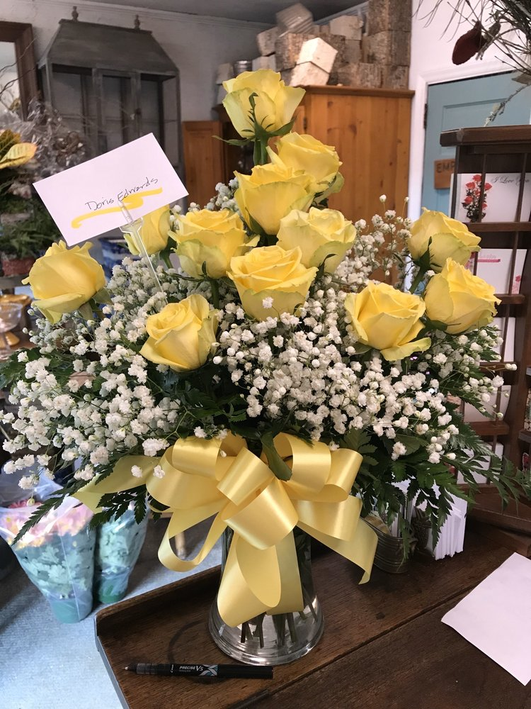 Park Place Florist: 133 Morris St, Blowing Rock, NC