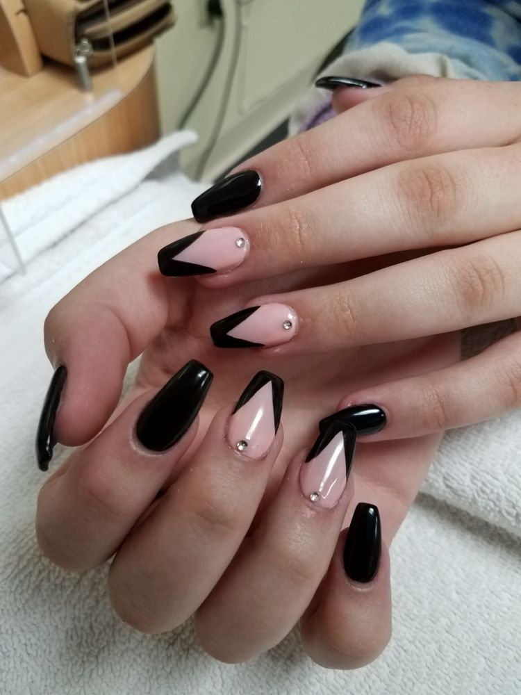 Foco Nails & Spa: 1112 Oakridge Dr, Fort Collins, CO