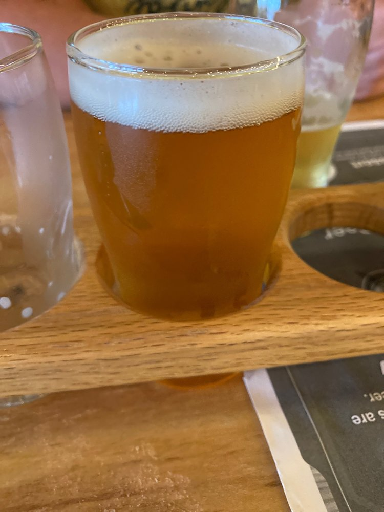 Bays Mountain Brewing Company: 154 Commerce St, Kingsport, TN