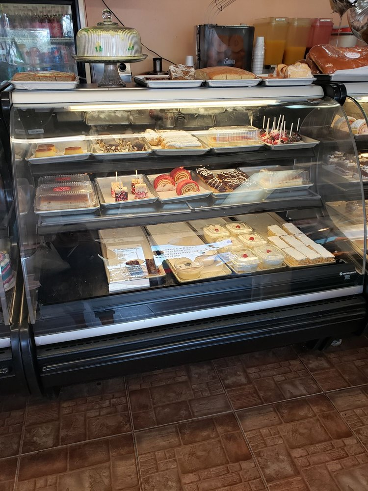 Mi Patria Bakery: 6714 Hanley Rd, Tampa, FL